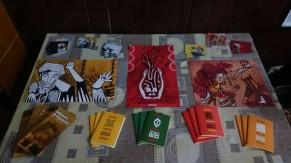 Exposição dos produtos na abertura Cineclube Bamako-RS